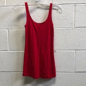 Lululemon red tank, sz 4, 63447